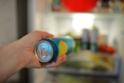 ビールがおいしい季節到来! すぐ冷やすには、冷蔵庫のどこに入れるのが正解?