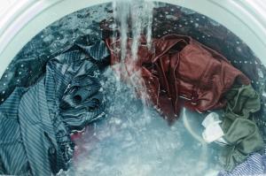洗濯機のお手入れ頻度とは? 洗濯槽のキレイを保つためのポイント